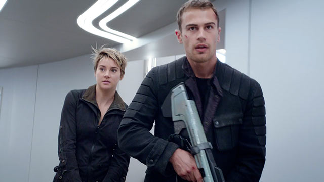 Shailene Woodley and Theo James in 'Insurgent'